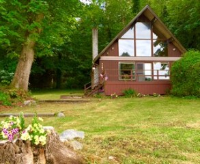 Large Chalet With View & Beach Access