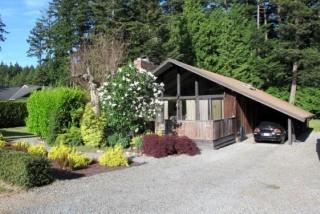 Large A-frame cottage